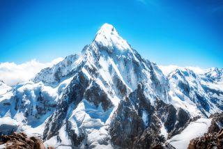 珠穆朗玛峰的高峰是世界上的最高点。