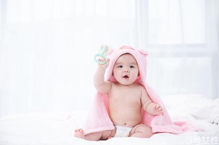 宝宝骨骼小是什么原因 宝宝骨骼发育不良症状