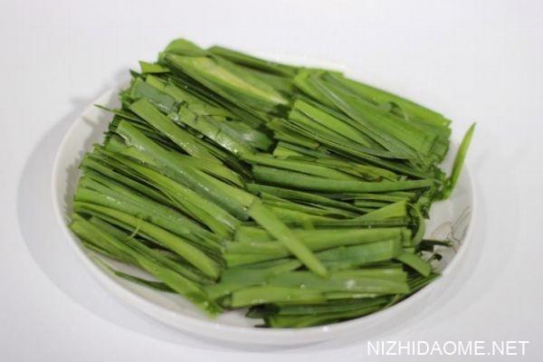 如何用微波炉做韭菜 用微波炉做韭菜的方法