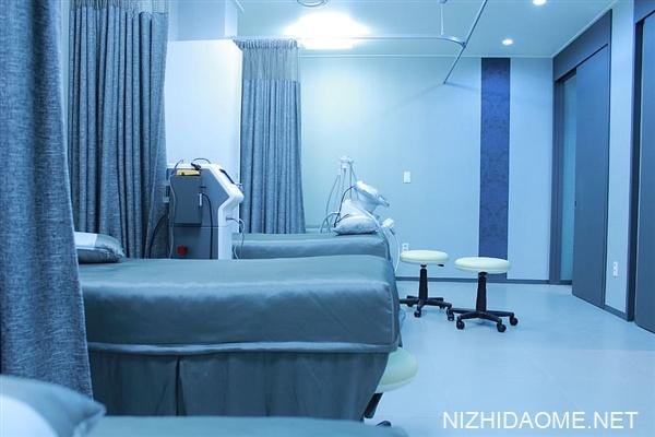河北南宫2021首例新冠感染者细节:曾在医院摘口罩打电话