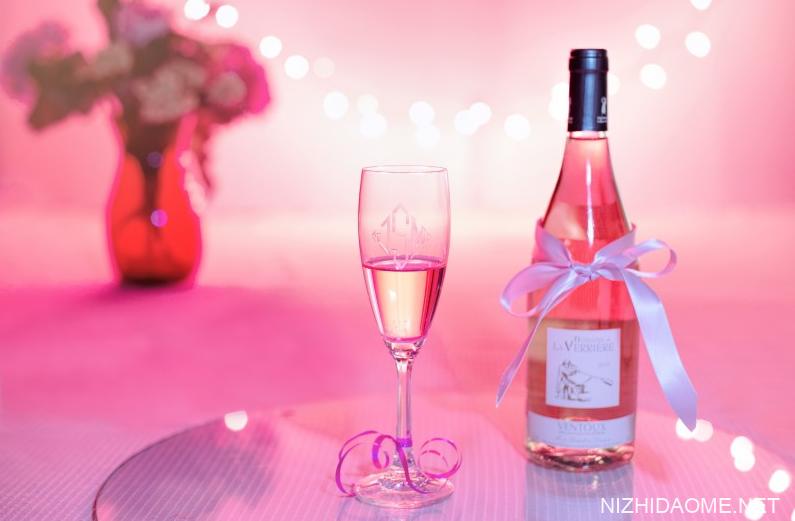 白葡萄酒保质期多久 白葡萄酒开瓶后能放多久