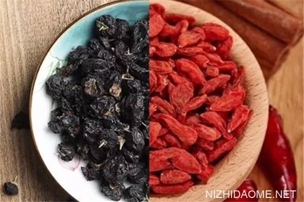 黑枸杞和红枸杞的区别 黑枸杞和红枸杞哪个好
