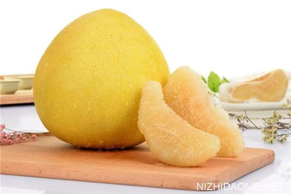 柚子和红心柚的区别 柚子和红心柚哪个好