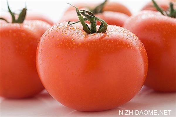 西红柿有黑斑是什么原因 西红柿有黑斑能吃吗