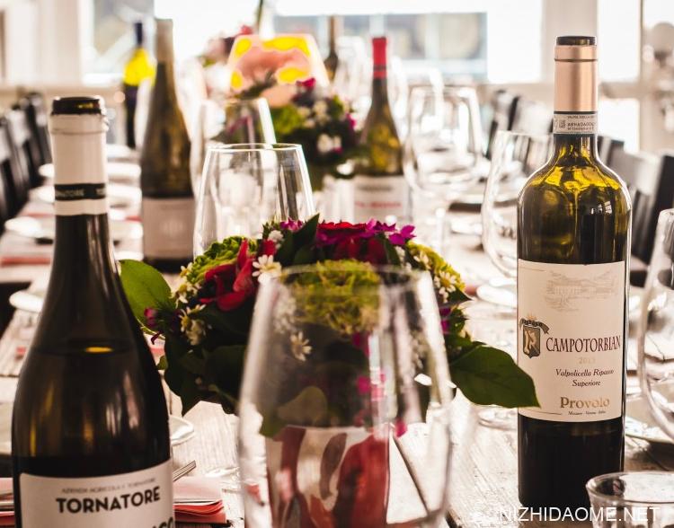 洋葱泡红酒的功效与作用 洋葱泡红酒的副作用