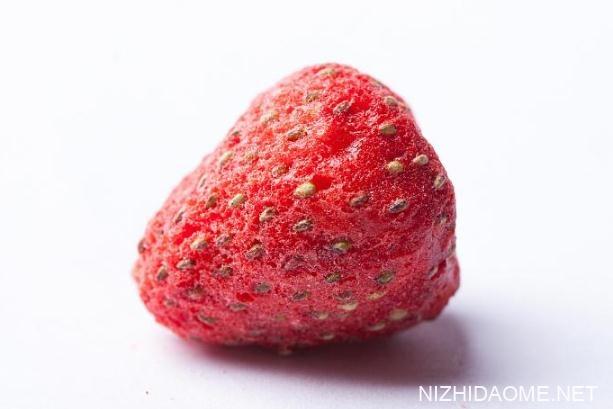 草莓干和冻干草莓什么区别 冻干草莓脆是怎么做的