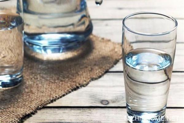 隔夜水不能喝是真的吗 隔夜水会致癌吗