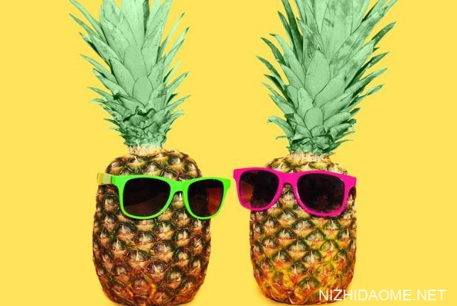 菠萝能和西红柿一起吃吗 菠萝不能跟什么食物一起吃