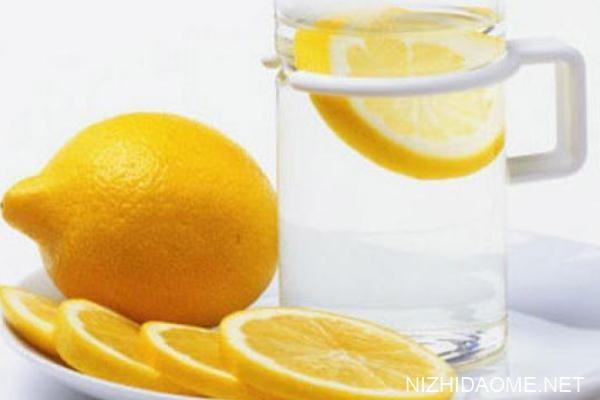柠檬水有什么危害 柠檬水有多少热量