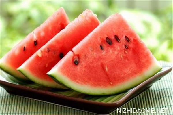红西瓜和黄西瓜的区别 红西瓜好还是黄西瓜好