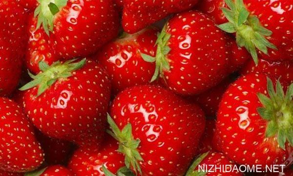 草莓可以和虾一起吃吗 草莓可以和芒果一起吃吗