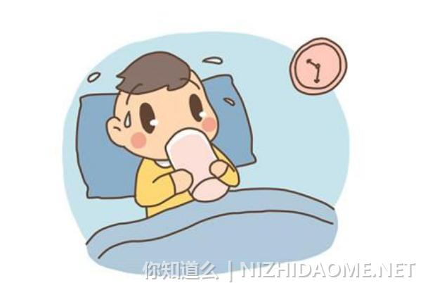 宝宝发烧有眼屎是怎么回事 宝宝发烧有黄色眼屎